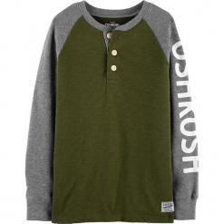 Koszulka w kolorze szaro-zielonym. Szare t-shirty dla chłopców OshKosh, z nadrukiem, z bawełny, z długim rękawem. Za 59.95 zł.