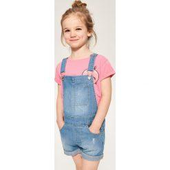 Jeansowe szorty ogrodniczki - Niebieski. Spodenki dla dziewczynek marki bonprix. W wyprzedaży za 29.99 zł.