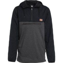 DC Shoes BARRICADE Bluza z polaru black. Bluzy sportowe męskie DC Shoes, z materiału. W wyprzedaży za 449.10 zł.