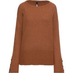 Sweter dzianinowy z guzikami w optyce masy rogowej: must have bonprix kasztanowy brąz. Brązowe swetry damskie bonprix, z dzianiny. Za 109.99 zł.