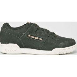 Reebok Classic - Buty Workout Plus. Szare buty sportowe męskie Reebok Classic. W wyprzedaży za 319.90 zł.