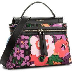 Torebka TWINSET - Cecile Deux OS8TA1  St. Flori 02574. Czarne torebki do ręki damskie Twinset, z materiału. W wyprzedaży za 469.00 zł.