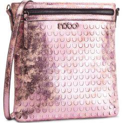 Torebka NOBO - NBAG-E0610-C004 Różowy. Czerwone listonoszki damskie Nobo, ze skóry ekologicznej. W wyprzedaży za 119.00 zł.