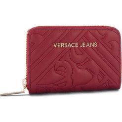Duży Portfel Damski VERSACE JEANS - E3VSBPZ2 70792 311. Czerwone portfele damskie Versace Jeans, z jeansu. Za 349.00 zł.