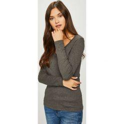 Answear - Bluzka. Szare bluzki damskie ANSWEAR, z bawełny, casualowe. W wyprzedaży za 39.90 zł.
