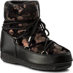 Śniegowce MOON BOOT - W.E. Low Camu Wp 24006900001 Black/Bronze. Śniegowce i trapery damskie Moon Boot, z materiału. W wyprzedaży za 519.00 zł.