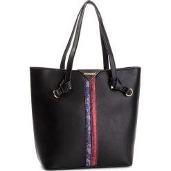 Torebka MONNARI - BAG7570-020 Black. Czarne torebki do ręki damskie Monnari, ze skóry ekologicznej. W wyprzedaży za 199.00 zł.