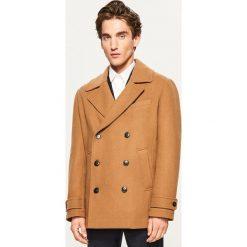 Krótki płaszcz z wełną - Zielony. Zielone płaszcze męskie Reserved, z wełny. Za 279.99 zł.