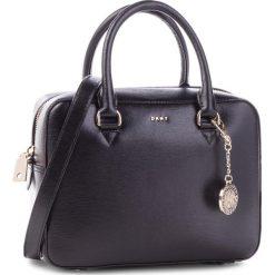 Torebka DKNY - R83D3621 Blk/Gold BGD. Czarne torebki do ręki damskie DKNY, ze skóry. Za 1,109.00 zł.