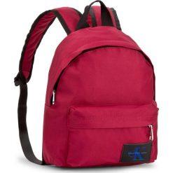 Plecak CALVIN KLEIN JEANS - Sport Essential Cp B K40K400110 623. Czerwone plecaki damskie Calvin Klein Jeans, z jeansu, sportowe. W wyprzedaży za 219.00 zł.