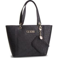 Torebka GUESS - HWSH6 69123 BLA. Czarne torebki do ręki damskie Guess, z aplikacjami, ze skóry ekologicznej. Za 629.00 zł.