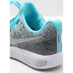 Nike Performance LUNAREPIC FLYKNIT 2 Obuwie do biegania treningowe wolf grey/metallic silver/polarized blue/volt/glacier ice/grey. Buty sportowe chłopięce Nike Performance, z materiału. W wyprzedaży za 494.10 zł.