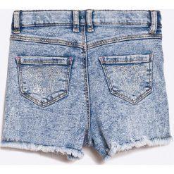 Guess Jeans - Szorty dziecięce 118-166 cm. Spodenki dla dziewczynek Guess Jeans, z bawełny, casualowe. W wyprzedaży za 119.90 zł.