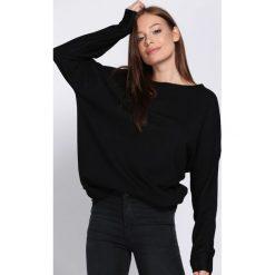 Czarny Sweter Parity. Czarne swetry damskie Born2be, z dzianiny, z okrągłym kołnierzem. Za 79.99 zł.