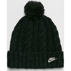 Nike Sportswear - Czapka. Czarne czapki i kapelusze damskie Nike Sportswear, z dzianiny. Za 99.90 zł.