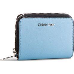 Mały Portfel Damski CALVIN KLEIN - Stitch Med Zip W/Flap K60K604857 460. Niebieskie portfele damskie Calvin Klein, ze skóry ekologicznej. Za 279.00 zł.