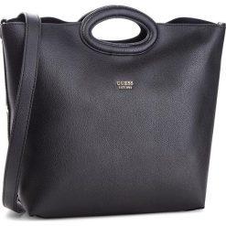 Torebka GUESS - HWVG68 53230 BLA. Czarne torebki do ręki damskie Guess, ze skóry ekologicznej. Za 629.00 zł.