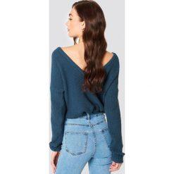 NA-KD Sweter z dzianiny z dekoltem V - Blue. Niebieskie swetry damskie NA-KD, z dzianiny. Za 121.95 zł.