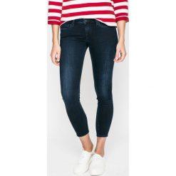 Pepe Jeans - Jeansy Lola. Niebieskie jeansy damskie Pepe Jeans. W wyprzedaży za 349.90 zł.