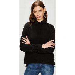 Trussardi Jeans - Koszula. Czarne koszule damskie TRUSSARDI JEANS, z jeansu, casualowe, z klasycznym kołnierzykiem, z długim rękawem. W wyprzedaży za 369.90 zł.