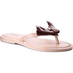 Japonki MELISSA - Comfy Ad 32339 Pink/Lilac 51770. Czerwone klapki damskie Melissa, z tworzywa sztucznego. W wyprzedaży za 229.00 zł.