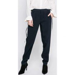Only - Spodnie. Szare spodnie materiałowe damskie Only, z elastanu. W wyprzedaży za 89.90 zł.