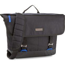 Torba MERRELL - Stowe JBF23624 Black 010. Czarne torby sportowe męskie Merrell, z materiału. W wyprzedaży za 139.00 zł.