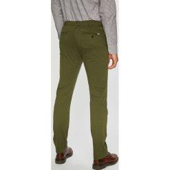 Levi's - Spodnie 502. Brązowe eleganckie spodnie męskie Levi's, z bawełny. Za 329.90 zł.