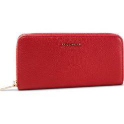 Duży Portfel Damski COCCINELLE - DW5 Metallic Soft E2 DW5 11 04 01 Coquelicot R09. Czerwone portfele damskie Coccinelle, ze skóry. Za 599.90 zł.