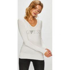 Guess Jeans - Sweter. Szare swetry damskie Guess Jeans, z dzianiny. W wyprzedaży za 259.90 zł.