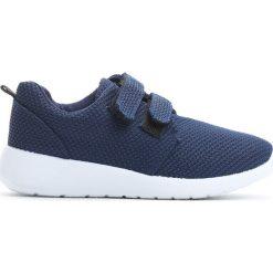 Granatowe Buty Sportowe Just For You. Niebieskie buty sportowe chłopięce Born2be, z materiału. Za 39.99 zł.