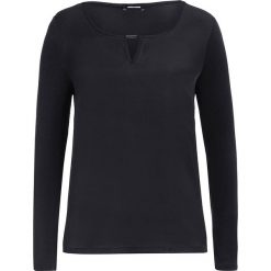 Koszulka w kolorze czarnym. T-shirty damskie More & More, z satyny, z długim rękawem. W wyprzedaży za 56.95 zł.