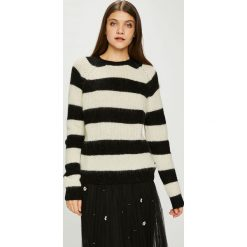 Pepe Jeans - Sweter. Szare swetry damskie Pepe Jeans, z dzianiny, z okrągłym kołnierzem. Za 319.90 zł.