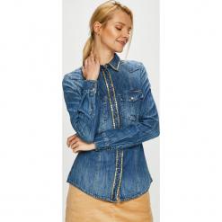 Guess Jeans - Koszula Lalima. Szare koszule damskie Guess Jeans, z aplikacjami, z bawełny, casualowe, z klasycznym kołnierzykiem, z długim rękawem. Za 459.90 zł.