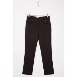 """Spodnie """"Oppyz"""" w kolorze antracytowym. Szare spodnie materiałowe damskie Scottage, w paski. W wyprzedaży za 99.95 zł."""