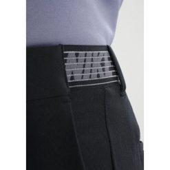 Nike Performance FLEX PANT Spodnie materiałowe black. Spodnie materiałowe męskie marki House. Za 399.00 zł.