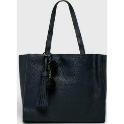 Answear - Torebka. Czarne torby na ramię damskie ANSWEAR. W wyprzedaży za 119.90 zł.