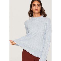 Sweter o warkoczowym splocie - Niebieski. Niebieskie swetry damskie Reserved, ze splotem. Za 89.99 zł.