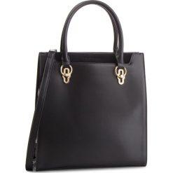 Torebka MONNARI - BAGB710-020 Black. Czarne torebki do ręki damskie Monnari, ze skóry ekologicznej. W wyprzedaży za 209.00 zł.