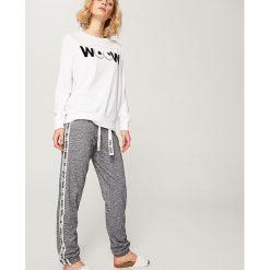 Piżama z nadrukiem - Kremowy. Białe piżamy damskie Reserved, z nadrukiem. Za 99.99 zł.
