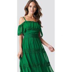 Trendyol Koronkowa sukienka na ramiączkach - Green. Zielone sukienki damskie Trendyol, z koronki, na ramiączkach. Za 161.95 zł.