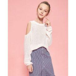 Sweter z odkrytymi ramionami - Biały. Swetry damskie marki bonprix. W wyprzedaży za 29.99 zł.