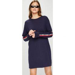 Levi's - Sukienka. Brązowe sukienki damskie Levi's, z bawełny, casualowe, z długim rękawem. Za 219.90 zł.