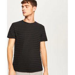 T-shirt z dzianiny strukturalnej - Czarny. T-shirty męskie marki Giacomo Conti. W wyprzedaży za 39.99 zł.