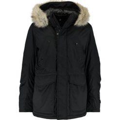 GStar WHISTLER TWILL FUR HDD SHORT PARKA Kurtka zimowa black. Parki męskie G-Star, na zimę, z bawełny. W wyprzedaży za 579.50 zł.