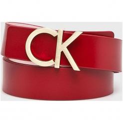 Calvin Klein - Pasek skórzany. Czerwone paski damskie Calvin Klein, w paski, z materiału. Za 269.90 zł.