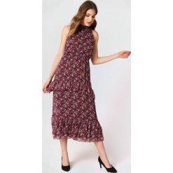 Trendyol Sukienka z falbankami - Pink,Red. Sukienki damskie Trendyol, z falbankami. W wyprzedaży za 80.98 zł.