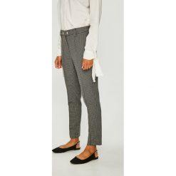 Vero Moda - Spodnie. Szare spodnie materiałowe damskie Vero Moda, z elastanu. Za 169.90 zł.