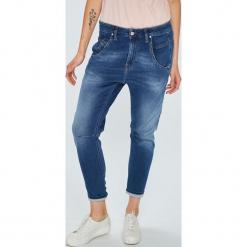Diesel - Jeansy Fayza. Niebieskie jeansy damskie Diesel. Za 899.90 zł.
