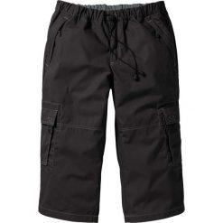 Spodnie 3/4 Loose Fit bonprix czarny. Spodnie sportowe męskie marki bonprix. Za 37.99 zł.